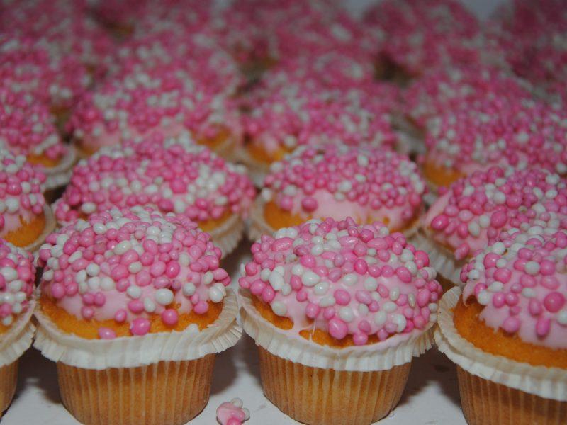 Mini muffins geboorte meisje bestellen en bezorgen